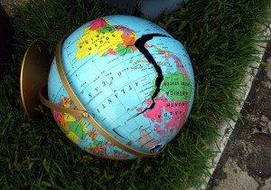 broken-globe